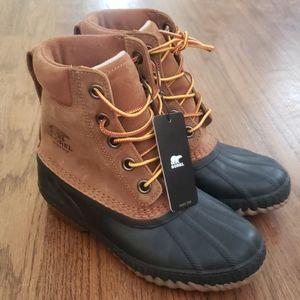Sorel Cheyenne II size youth 4 rain and snow boots